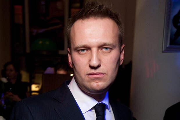 С декабря прошлого года Навальный находится в федеральном розыске