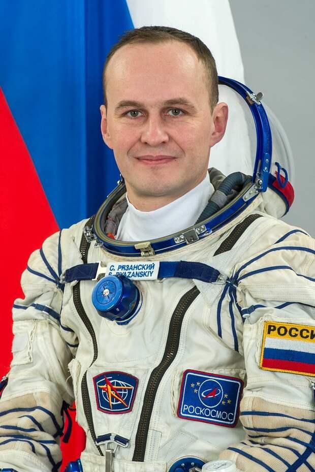 Российский космонавт Сергей Рязанский сравнил себя с обезьянкой