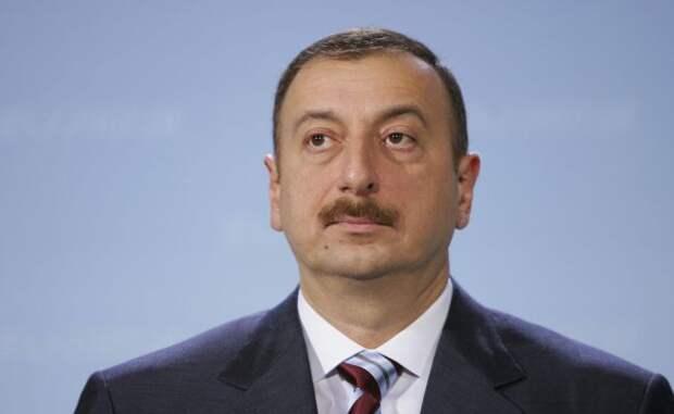 Алиев объявил даты передачи Азербайджану трех районов вокруг Карабаха