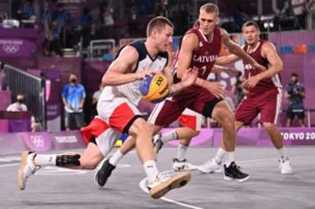 Баскетболисты сборной России 3x3 завоевали серебро Игр в Токио