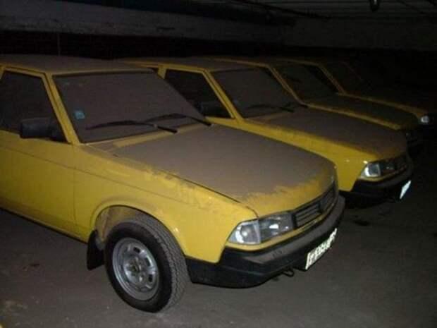 В капсулу времени попало 127 автомобилей Москвич