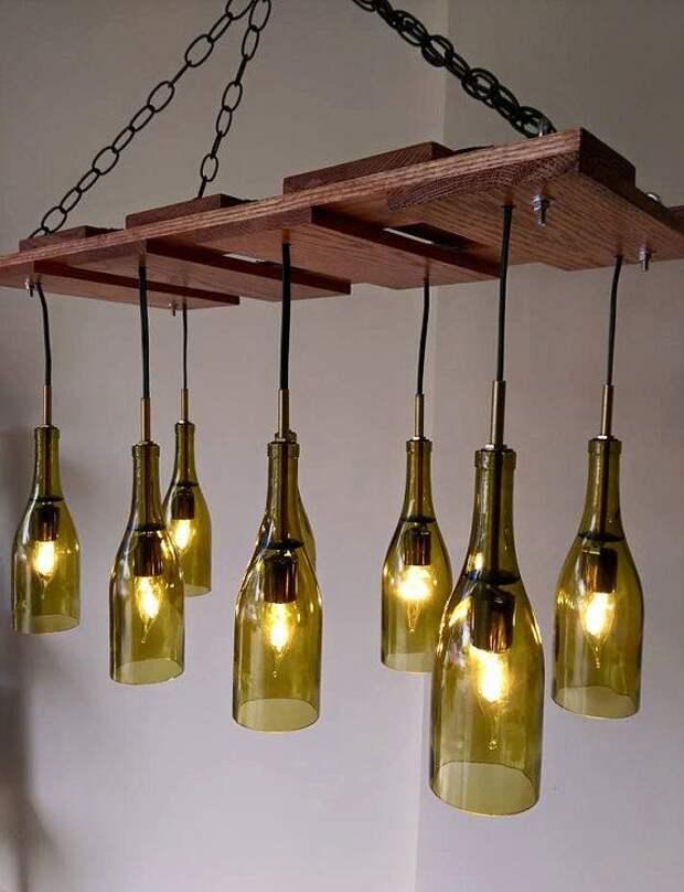 Люстра, вешалка и еще 7 оригинальных идей для дома из бутылок