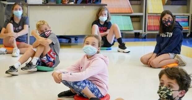 Группа родителей отправила маски для лица своих детей в лабораторию для анализа - вот что они обнаружили