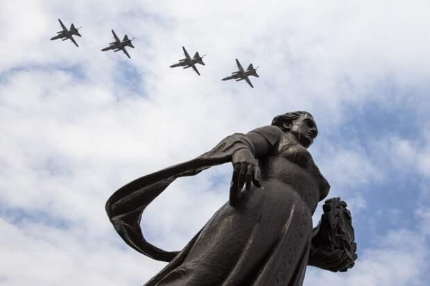 Репетицию воздушного парада над Калининградом показали на видео