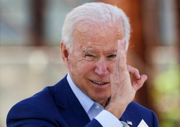 Bloomberg: в Москве встревожены растущей популярностью кандидата в президенты США Джо Байдена