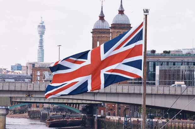 Они что-то знают? Российские богачи массово эвакуируются в Лондон