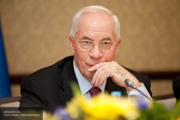 Азаров озвучил реальный размер государственного долга Украины
