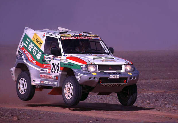 Вспоминаем Mitsubishi Pajero