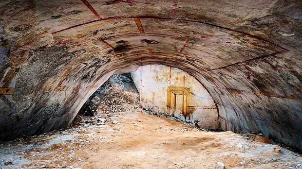 Во дворце в Риме обнаружили тайную комнату