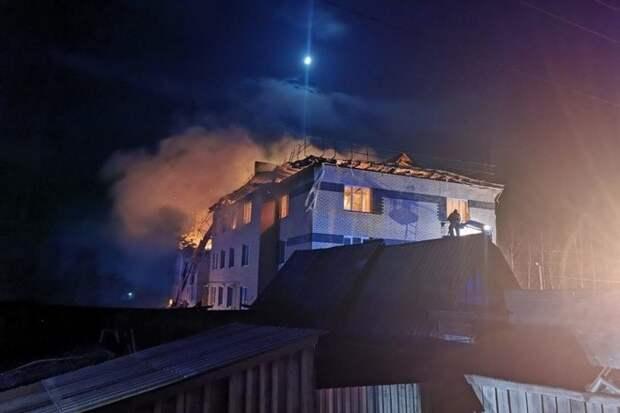 Ребёнка ищут под завалами дома в селе под Нижним Новгородом
