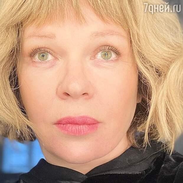 Старшенький: Елена Валюшкина впервые показала взрослого сына