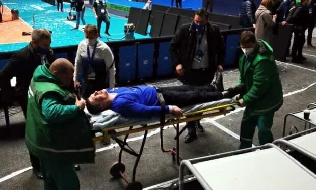 «Чистый беспредел»: стюарды сломали шею фанату «Динамо» в Питере