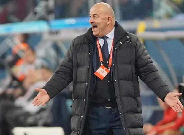 Россия утратила лидерство в отборочной группе ЧМ-2022, проиграв Словакии. У экс-зенитовца Мака – «гол+пас» в ворота Шунина