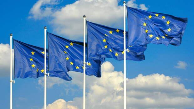 Некоторые страны ЕС предложили ввести антироссийские санкции в поддержку США