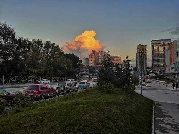 Новосибирцы заметили огромное облако пара над ТЭЦ-5: что это значит