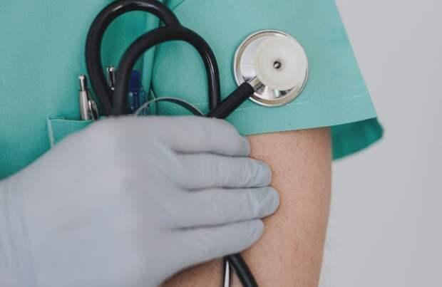 За сутки число коронавирусных больных в РФ увеличилось на 6 198 человек