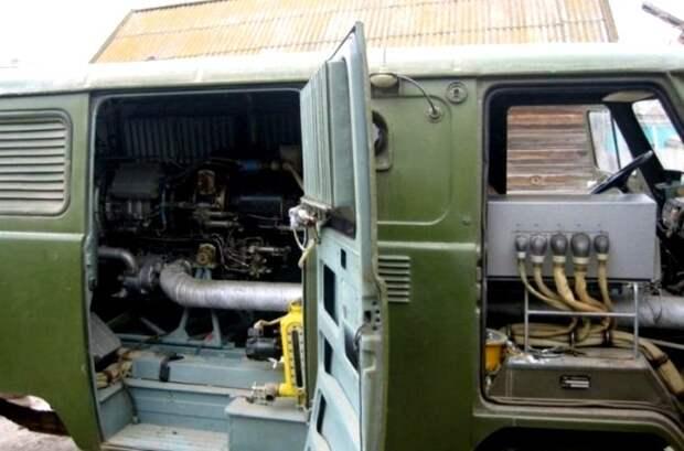 Так необычный УАЗик выглядит внутри. /Фото: motor.ru