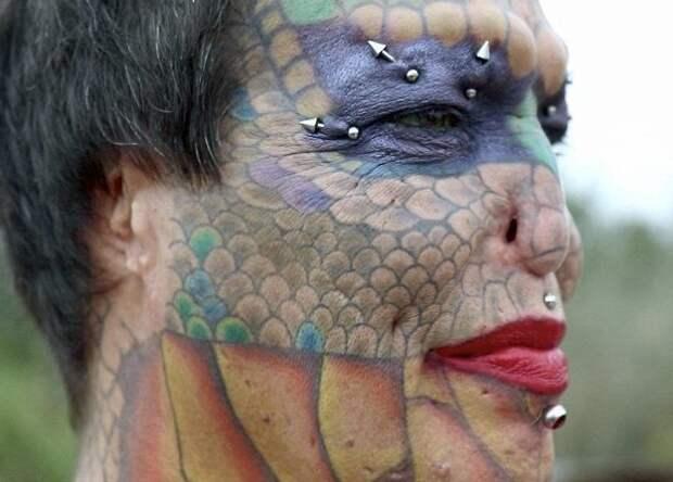 Жительница Техаса уверяет, что именно метаморфозы дарят ей желание жить transgender, дракон, модификация, мужчина, перевоплощение, рептилия, сша, фото