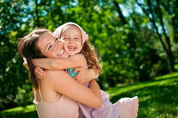 Как вырастить счастливого ребенка