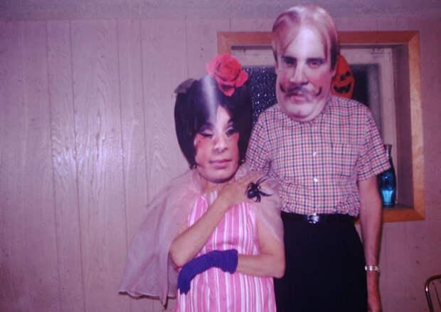 Весело и нелепо: Хэллоуинские костюмы из 1960-х