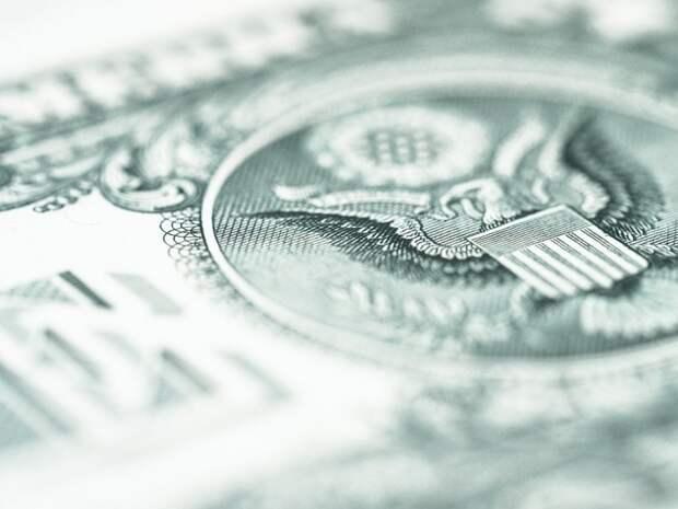 Возможность ответной атаки: рубль должен отыграть позиции у доллара США