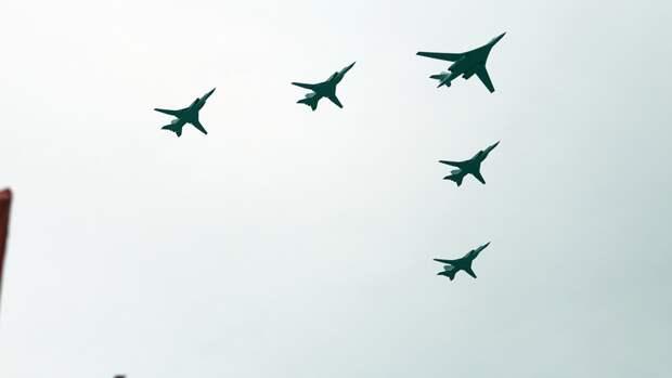 Опубликовано видео тренировочных полетов ВКС РФ к параду Победы