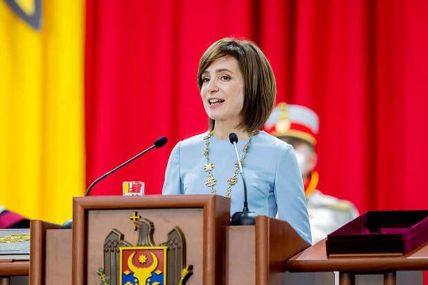 Президент Молдавии распустила «коррумпированный парламент»