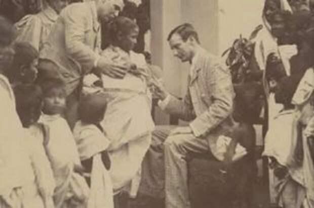 Вирусолог Михаил Чумаков: Победивший смерть одной левой Он выжил, обезвредив энцефалитного клеща, и спас человечество от полиомиелита