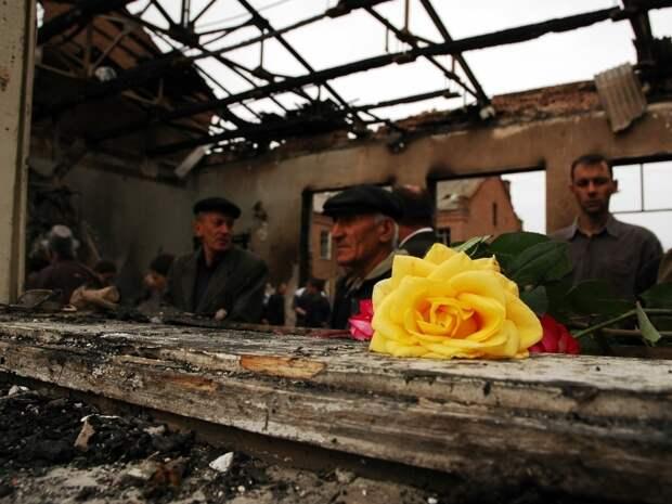 После трагедии в Беслане // фото: Global Look Press