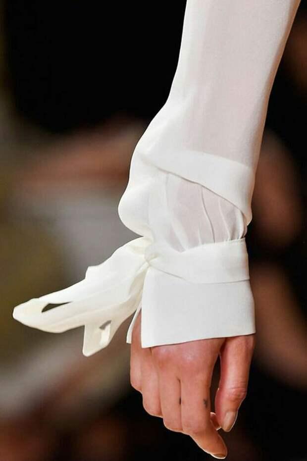 Банты на рукавах (подборка)