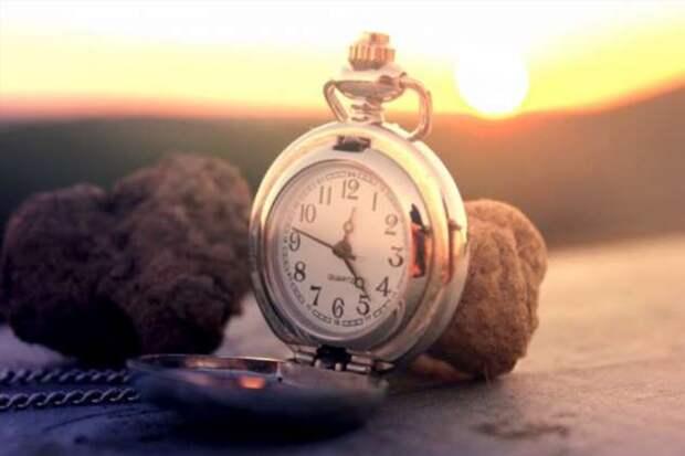 Имеет ли время направление?