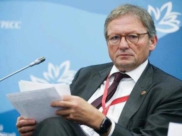 Титов предложил Мишустину оказать помощь ИП при переходе на расчёт по онлайн-кассам