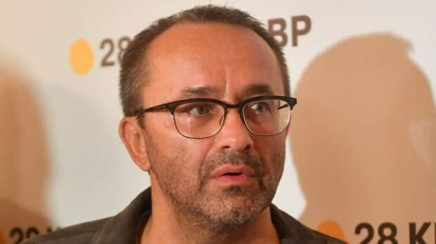 Режиссера Звягинцева ввели в искусственную кому и подключили к ЭКМО