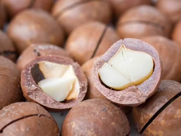 Самые дорогой и вкусный орех в мире