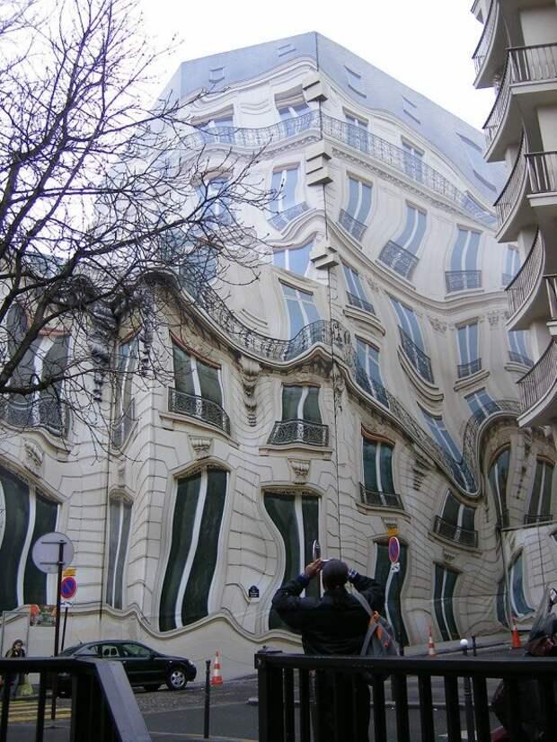 Османское здание в Париже.