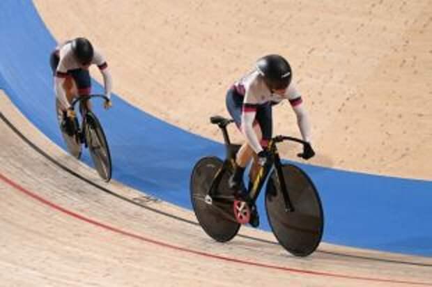 Шмелева и Войнова завоевали бронзу на ОИ в командном спринте в велотреке