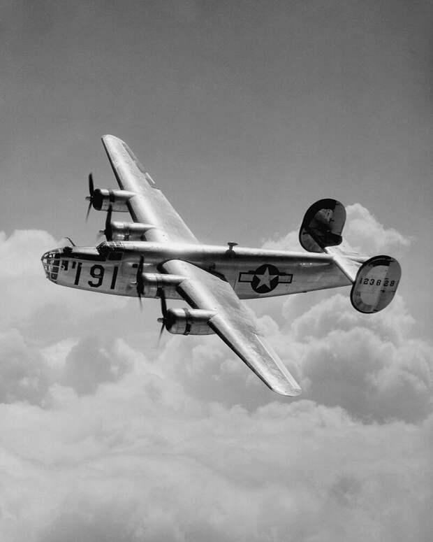 Consolidated B-24 Liberator автомобили, вертолёты, самое массовое, самое-самое, самолёты, техника