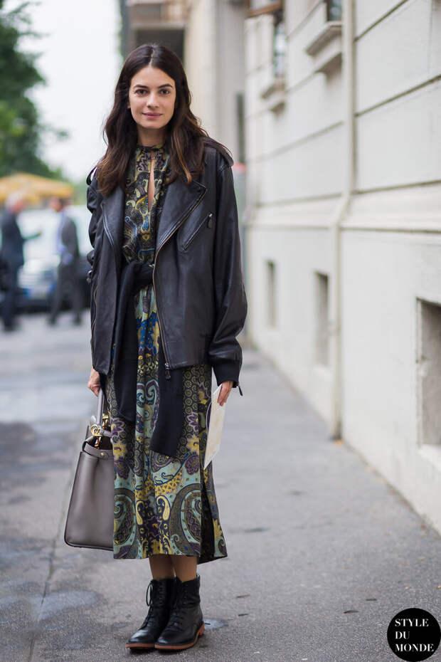 Делимся советами: с чем носить платье в плохую погоду?