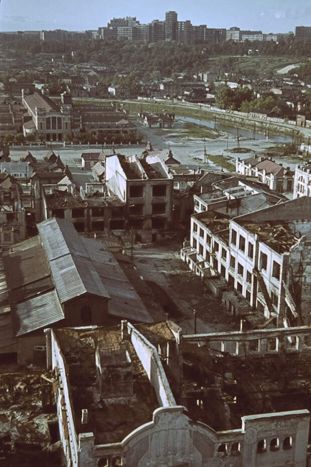 Харьков времен немецкой оккупации в цвете