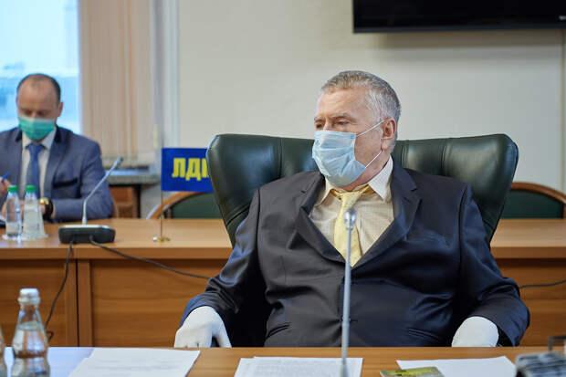 Жириновский призвал выдвинуть разработчиков «Спутника V» на Нобелевку