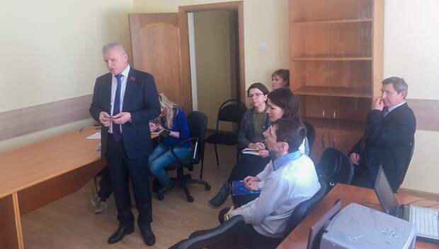 Депутат Мособлдумы разъяснил жителям Подольска смысл поправок в Конституцию РФ