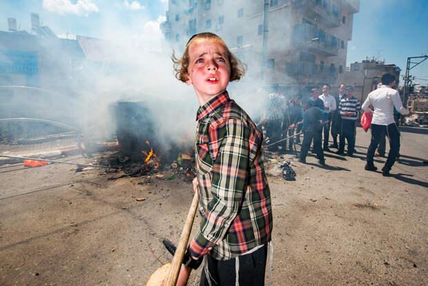 На улице в Тель-Авиве. Фотограф Алан Бурла 47