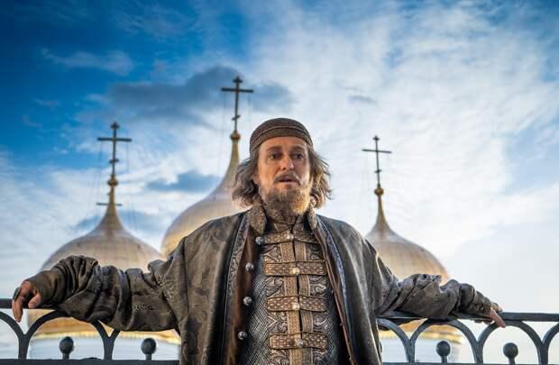 Сериалы «Годунов» и «Ненастье» отметили «Золотым орлом»