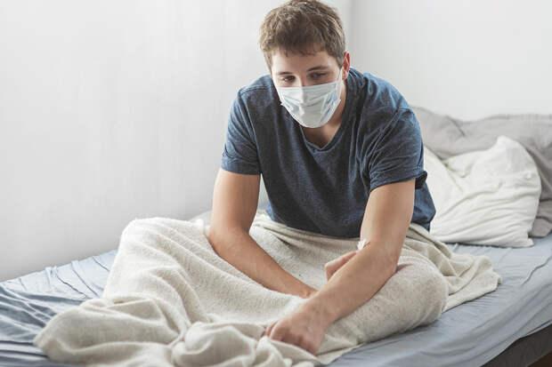 Вирусолог: как отличить коронавирус от гриппа