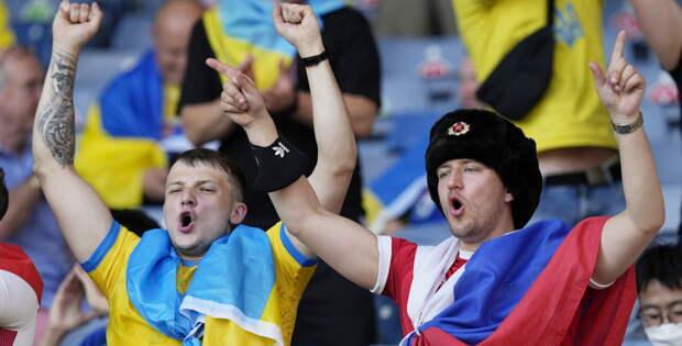 Маленьких российских любителей Украины представители «братского народа» регулярно возят мордами об стол, как это...