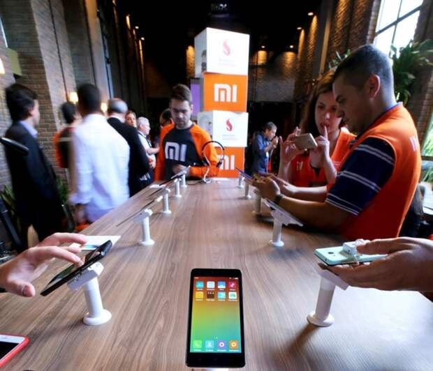 Шесть камер и до 512 Гбайт памяти: раскрыто оснащение смартфона Xiaomi Mi 10 5G