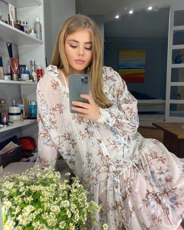 Американцы назвали Лелю Баранову самой красивой российской актрисой