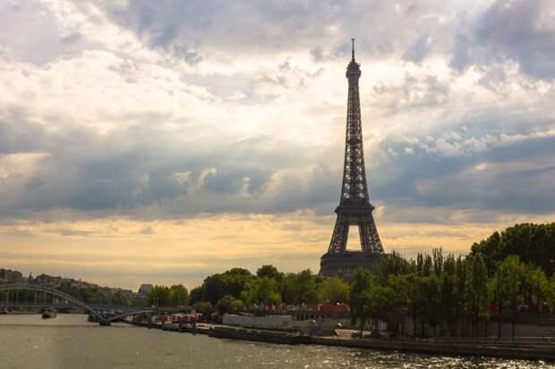 На границе Парижа построят стену для решения проблемы с наркоманами