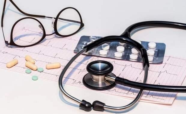 Врач назвал способные вызвать рак и болезни сердца продукты