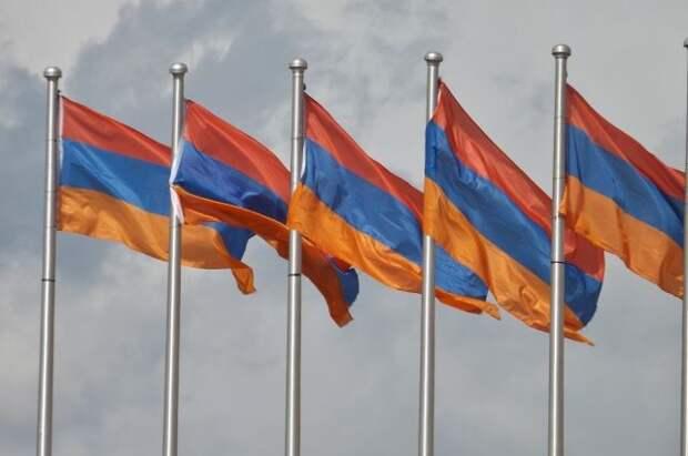 В Армении заявили о соблюдении перемирия в Карабахе